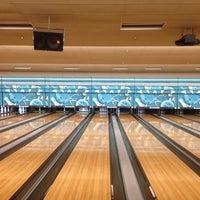 Снимок сделан в Park Tavern Bowling & Entertainment пользователем Cheenttan J. 12/29/2012