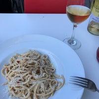 Foto scattata a Cantinetta wine & pasta da Alex L. il 7/14/2018