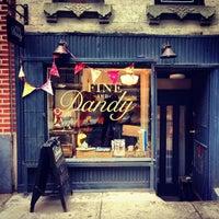 Foto tomada en Fine And Dandy por Tassos L. el 4/29/2013