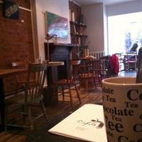 Foto diambil di Cafuné oleh Jeanne M. pada 12/10/2012