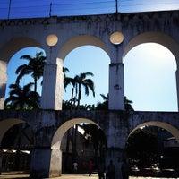 Das Foto wurde bei Arcos da Lapa von Rodrigo M. am 4/16/2013 aufgenommen
