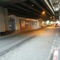 10/18/2012にKi Ki Y.がSilom Roadで撮った写真