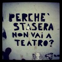 9/30/2013 tarihinde Alessandra Lou Z.ziyaretçi tarafından Teatro Franco Parenti'de çekilen fotoğraf