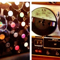 9/27/2013에 DeQuan님이 Vinyl Social Food & Drink에서 찍은 사진