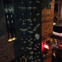 รูปภาพถ่ายที่ Silo DTLA โดย Suzy R. เมื่อ 11/18/2012