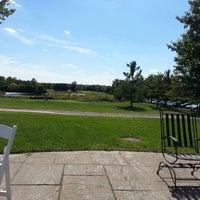 Foto diambil di Bristow Manor Golf Club oleh Chris C. pada 9/22/2014