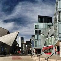 Foto tirada no(a) Denver Art Museum por Jude T. em 4/27/2013