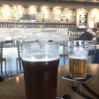 Foto scattata a Tenaya Creek Brewery da Gemini .. il 11/5/2018