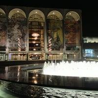 Снимок сделан в Lincoln Center for the Performing Arts пользователем bri9ett 3/11/2013