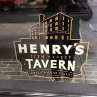 Das Foto wurde bei Henry's 12th Street Tavern von Ryan B. am 5/25/2013 aufgenommen