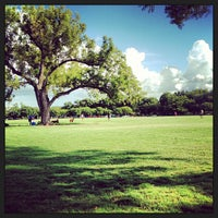 Foto scattata a Zilker Park da Daniel L. il 8/25/2013