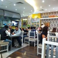 1/24/2014 tarihinde Abdulrahman N.ziyaretçi tarafından Cafe Bazza'de çekilen fotoğraf