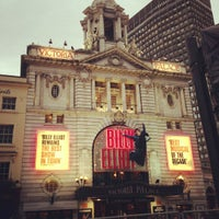Photo prise au Victoria Palace Theatre par Albert-Jan S. le10/20/2012