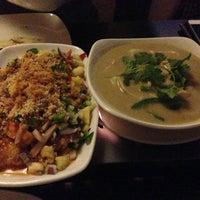 Foto tirada no(a) Nanyang Malaysian Restaurant por Christine H. em 3/22/2013
