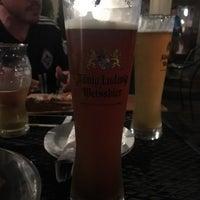 รูปภาพถ่ายที่ Brew House Bar & Grill โดย Stevo Maratonac R. เมื่อ 8/26/2016