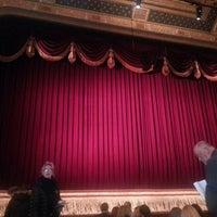 Foto diambil di Longacre Theatre oleh Paul L. pada 12/18/2012
