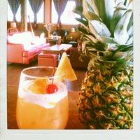 Das Foto wurde bei Azúcar Lounge von Edgar T. am 10/10/2012 aufgenommen