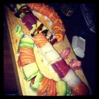 Foto tomada en Cherin Sushi por Britney G. el 9/21/2012