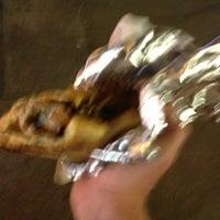 รูปภาพถ่ายที่ The Sausage Shack โดย Rob C. เมื่อ 8/24/2013
