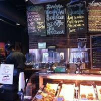 Foto tirada no(a) Coffee, Lunch. por Greg T. em 10/24/2012