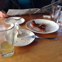 รูปภาพถ่ายที่ The Haven Pizzeria โดย Alison L. เมื่อ 4/27/2014