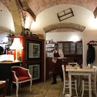 Photo prise au Il Baccano par Kristina le2/24/2018