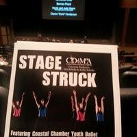 Foto scattata a The Clark Center For The Performing Arts da Scott L. il 6/22/2014