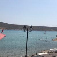 Снимок сделан в Alaçatı Surf Paradise Club пользователем Ebru A. 7/31/2021