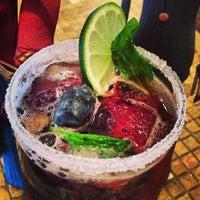 Foto tirada no(a) Catrinas Tacos and Tequila Bar por Champagne Girl 💋🏈🍷🇮🇹 em 5/1/2013
