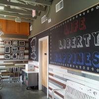 Foto scattata a Liberty Kitchen & Oyster Bar da Karen L. il 7/4/2013
