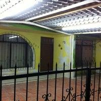 Снимок сделан в Tiburonsín Uhaha пользователем Vico S. 11/28/2013