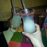 4/16/2013にRobin W.がEl Comal Mexican Restaurantで撮った写真