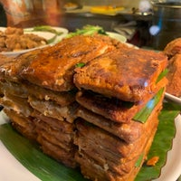 Foto scattata a Restoran Kari Kepala Ikan SG da Joan ChauFang K. il 11/17/2018
