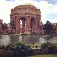 Foto scattata a Palace of Fine Arts da Melissa M. il 6/2/2013