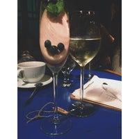 Foto diambil di Ruby Wine Bar oleh Masha D. pada 9/13/2014