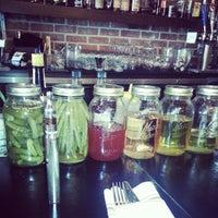 9/10/2013 tarihinde Enphoziyaretçi tarafından Spoonful Restaurant'de çekilen fotoğraf