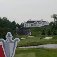 รูปภาพถ่ายที่ Trump National Golf Club โดย John B. เมื่อ 5/23/2017