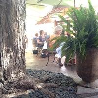 4/1/2013에 Danny M.님이 Arcadia Farms Café에서 찍은 사진