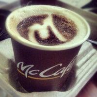 Das Foto wurde bei McDonald's & McCafé von yung hui s. am 4/11/2013 aufgenommen