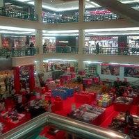 Foto diambil di Mega Mall oleh Gerry R. pada 5/7/2013
