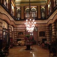 Foto scattata a Pera Palace Hotel Jumeirah da Ergun B. il 3/21/2013