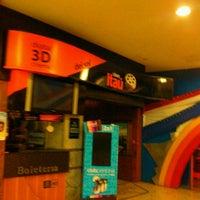 Foto tirada no(a) Cines del Sol por Tita G. em 5/30/2013