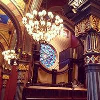 รูปภาพถ่ายที่ Central Synagogue โดย Monica K. เมื่อ 10/13/2013