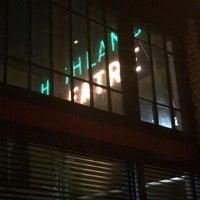2/15/2014 tarihinde lovepatriaworld p.ziyaretçi tarafından The Greyhound Bar & Grill'de çekilen fotoğraf