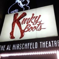 Photo prise au Kinky Boots at the Al Hirschfeld Theatre par MarcAntony le4/3/2013