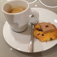 Photo prise au Le Café de la Grande Épicerie par Julieta P. le1/7/2014