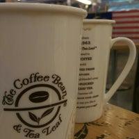 Снимок сделан в The Coffee Bean & Tea Leaf пользователем WMW 8/30/2016