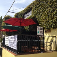 Foto tirada no(a) Genoveva's Fine Mexican Food & Grill por Michael K. A. em 4/4/2014
