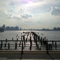 รูปภาพถ่ายที่ Hudson River Park โดย Alex F. เมื่อ 5/29/2013