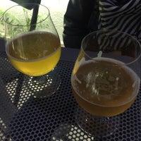 Снимок сделан в El Bebian Beer Lodge пользователем Allan D. 10/30/2016